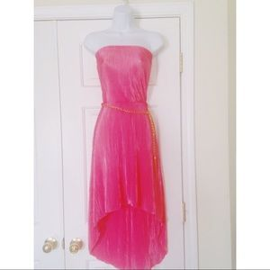 Basic Universal pink strapless going out dress